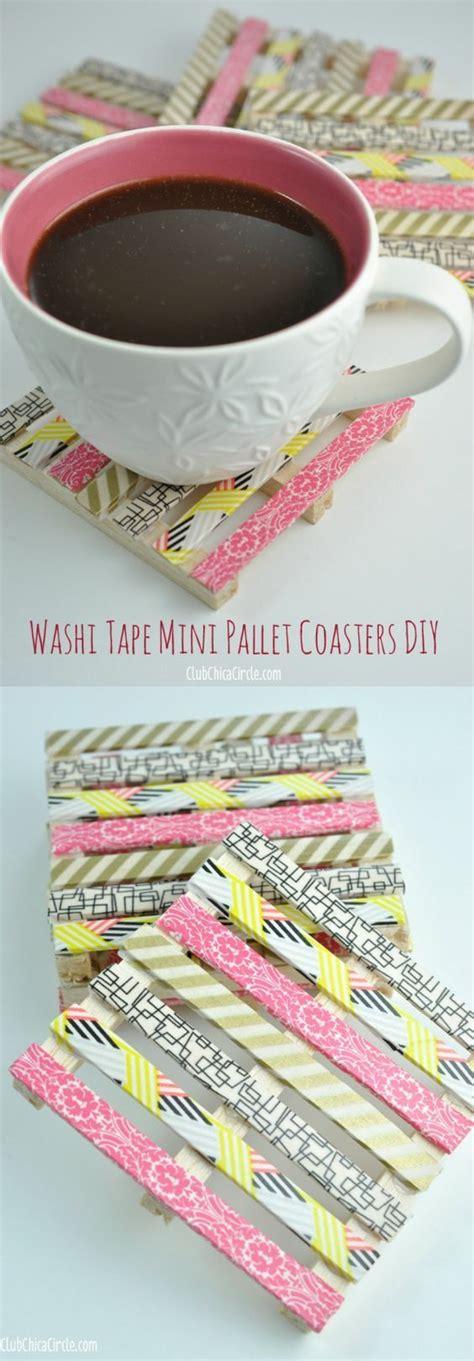 shoing fait maison pauline shows you how to create mini wood pallet diy