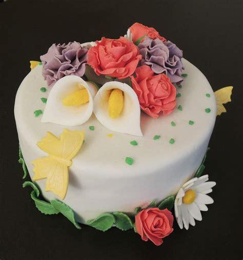 fleur en pate a sucre g 226 teau printanier fleurs en p 226 te 224 sucre g 226 teaux d 233 lices