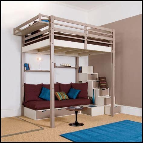 lit mezzanine avec canapé lit mezzanine une pièce supplémentaire cosy et intimiste