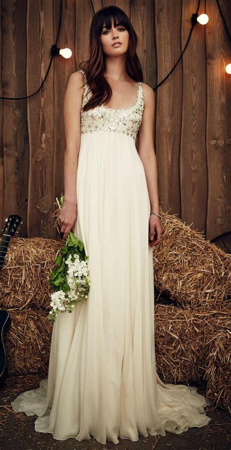 jolis modeles de robe de mariee empire pour une