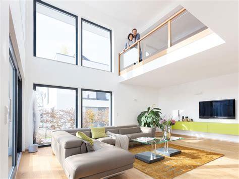 Haus Mit Offener Galerie by Galerie