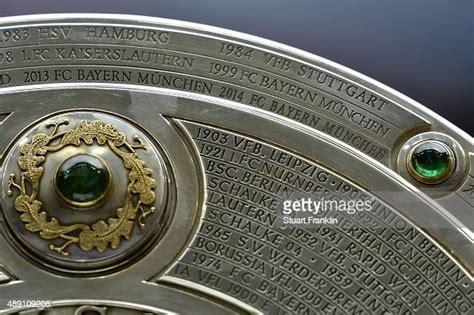 Jun 09, 2021 · der kaderaufbau für die 2. The Bundesliga trophy on display prior to the Bundesliga match... News Photo - Getty Images