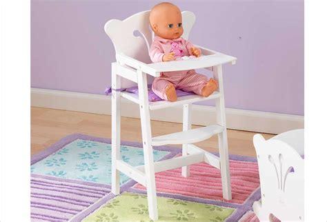 mobilier pour poupon chaise haute blanche en bois pour