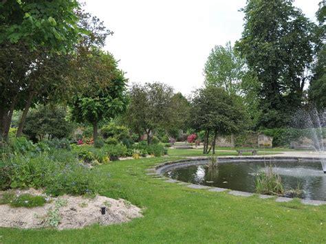 jardin du palais du roi de rome  rambouillet yvelines