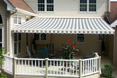 preparing  retractable awning  winter