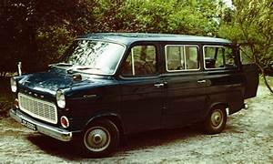 Minibus Ford : file ford transit as minibus wikipedia ~ Gottalentnigeria.com Avis de Voitures