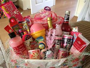 17, baskets, , anomalous, n, some, classic, christmas, gift, hamper, ideas