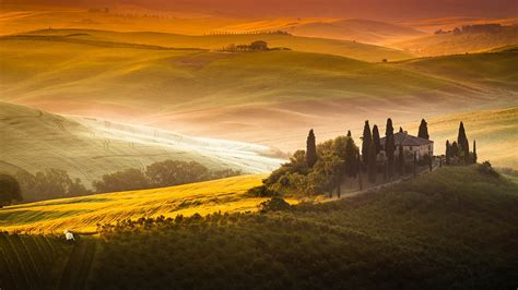 Sunrise In Tuscany Val Dorcia Hills And Podere Belvedere