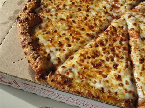 taste tested domino 39 s pizza recipe popsugar food