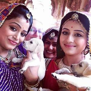 Look what 'Chugal Mughals' are up to on the sets of 'Jodha ...