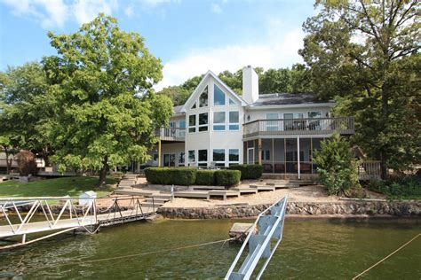 Fishing Boat Rentals Lake Of The Ozarks by Deck Boat Rentals Lake Of The Ozarks Titan Houseboat Tour