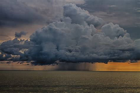 key drop box thunder cloud the gulf of mexico by