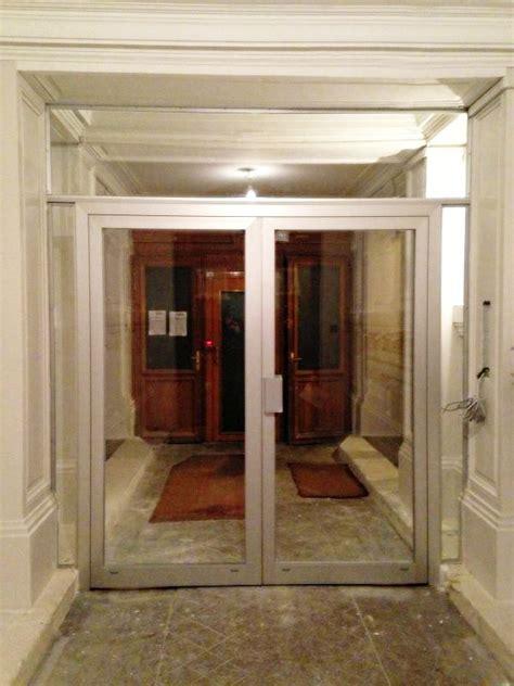 pose  installation de porte de hall dimmeuble ms