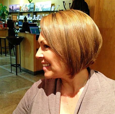 kandeejcom mamas    short haircut  color