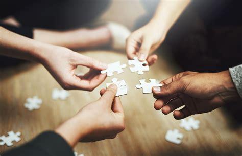 differences  collaborate  corroborate