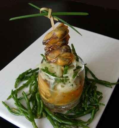 cuisiner salicorne recette moules au safran en aspic salade croquante de fenouil et salicorne 750g