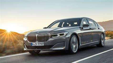 Bmw 7 Series Sedan 4k Wallpapers by I Woke Up In 2019 To Realize Bmw Is Still Selling A V12