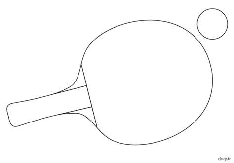 coloriage ustensiles de cuisine dessin une balle et une raquette de tennis de table