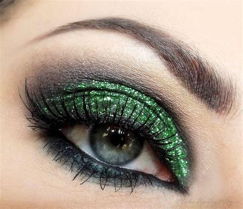 eye makeup ideas involving glitter