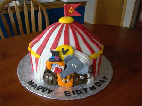 Top Kuchen by Big Top Circus Cake Cake Ideas Tops