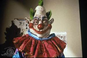 Pin Killer Klowns From Outer Space (1988) on Pinterest