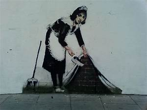 Banksy graffiti, Apple suing New York and Google ...