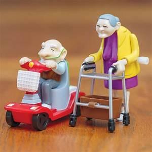 Cadeau Pour Personne Agée : jouets m caniques papy et mamie pour faire la course sur rapid cadeau ~ Melissatoandfro.com Idées de Décoration