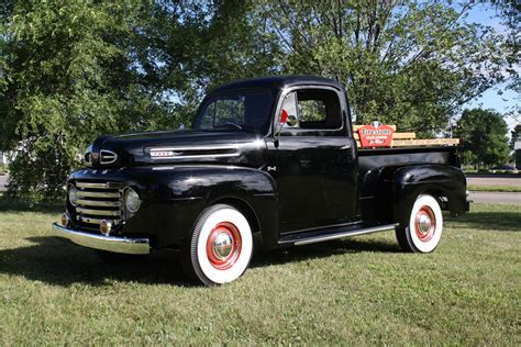 1950 Ford F 1 to Glimmer Across the Block at Barrett