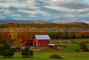 Autumn In The Hudson Valley Susan Candelario SDC