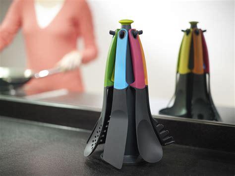 ustensile de cuisine joseph joseph design ustensile de cuisine elevate 6 pièces sur carrousel
