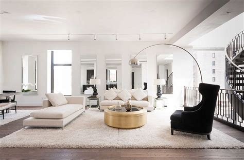 Decor 101: Black White and Gold Living Room {with tribal