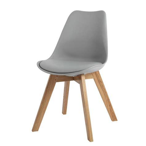chaise design grise chaise en polypropylène et chêne grise maisons du monde