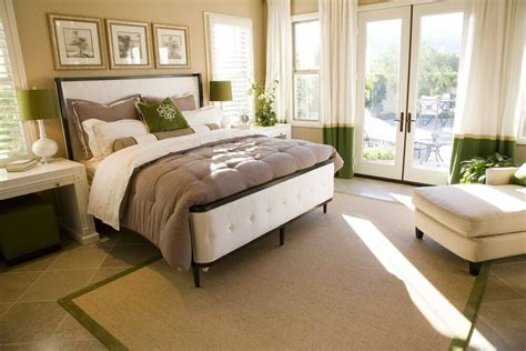 Bedroom Decorating Ideas Photo Gallery by 32 Exquisite Master Bedrooms With Doors Pictures