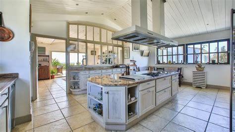 les plus belles cuisines du monde les plus belles cuisines du monde maison design bahbe com