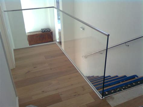 treppengeländer glas innen sicherheit durch treppengel 228 nder aus kaltenborn hochacht metallbau kloss