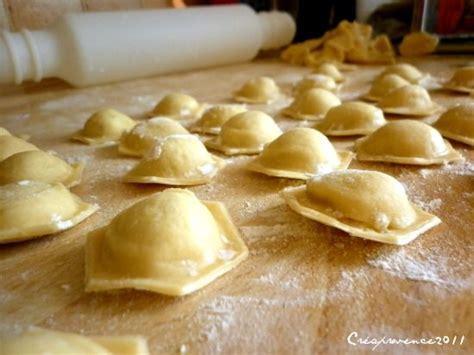 cuisiner des ravioles recettes des ravioles au fromage les recettes les mieux
