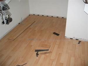 Interlocking laminate flooring cheap easy and fast for How to lay laminate wood floors