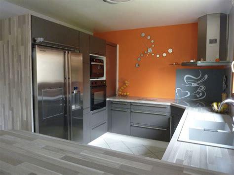 cuisine orange et gris pas cher sur cuisine lareduc