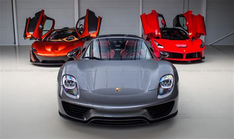 However, if porsche sticks with its historical timeline, a 918 successor may not launch until 2025 meaning we shouldn't expect to see three brand. Dream Photoshoot: LaFerrari - McLaren P1 - Porsche 918