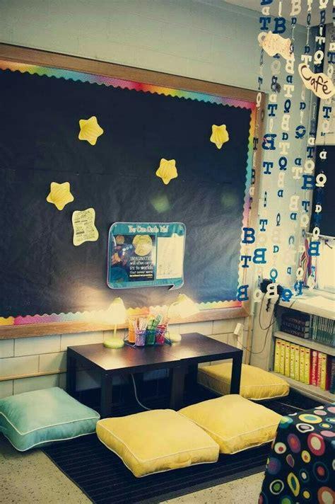 25 best ideas about kindergarten listening center on 210 | 772a3100b19756f1f36e70a086fe70ca