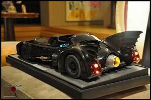 Cinemaquette Batmobile
