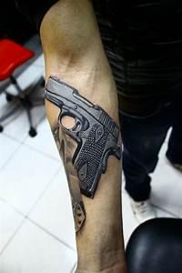 Männer Tattoo Unterarm : 3d tattoo realistische tattooideen f r damen und herren ~ Frokenaadalensverden.com Haus und Dekorationen