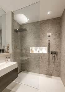 Modern Bathroom Shower Ideas Best 20 Modern Bathrooms Ideas On Modern Bathroom Design Grey Modern Bathrooms And