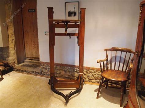 cloverleaf home interiors antiques atlas studio stand