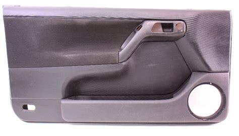lh driver front interior door panel   vw cabrio mk black