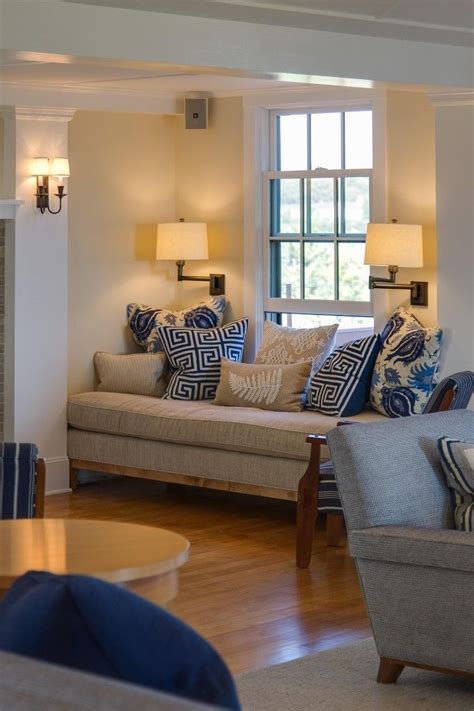 relaxing, comfy living room ... beige, cream, natural ...
