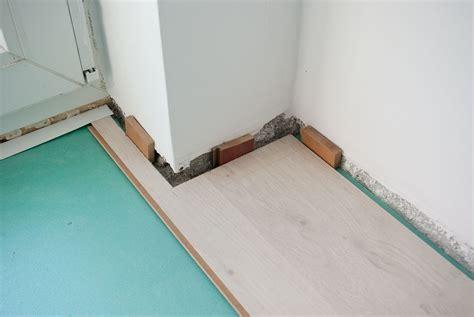 laminate flooring spacers laminate flooring installing laminate flooring spacers