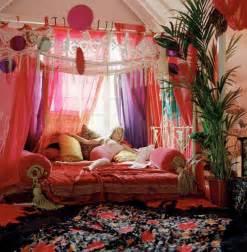 Girl Canopy Bedroom Sets