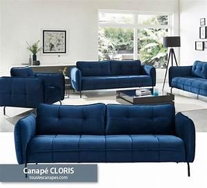 Canapé Bleu Velours : canap bleu 20 mod les pour vous inspirer et d corer votre salon ~ Teatrodelosmanantiales.com Idées de Décoration