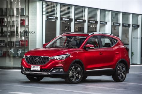 The zs ev inherits, unnecessarily, the gawky front overhang of a body designed for a transverse and for the ev version, mg brings a comprehensive new driver assistance suite, even on the base version. 'NEW MG ZS' SMART UP สมาร์ทเอสยูวี ยกระดับประสบการณ์การขับ ...